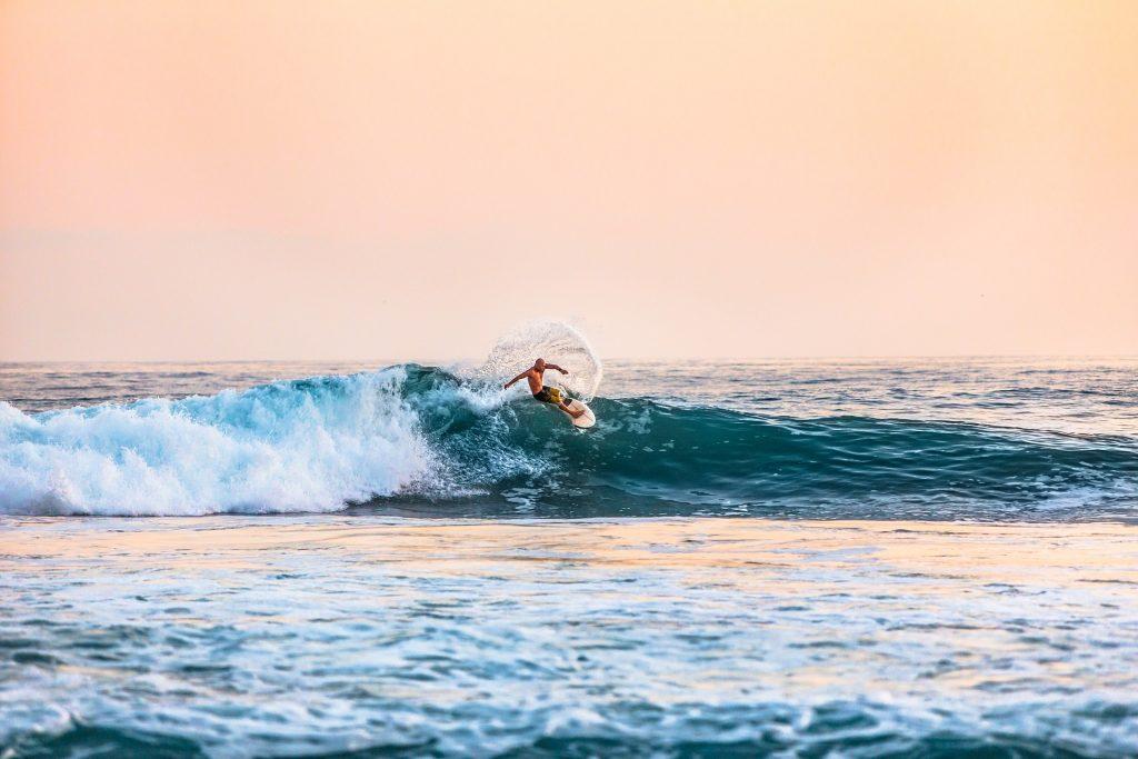 mejores-sitios-para-practicar-surf